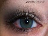 göz farı,kızıl saç yeşil göz siyah far