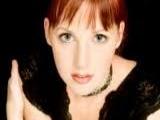kızıl saç yeşil göz yeşil far