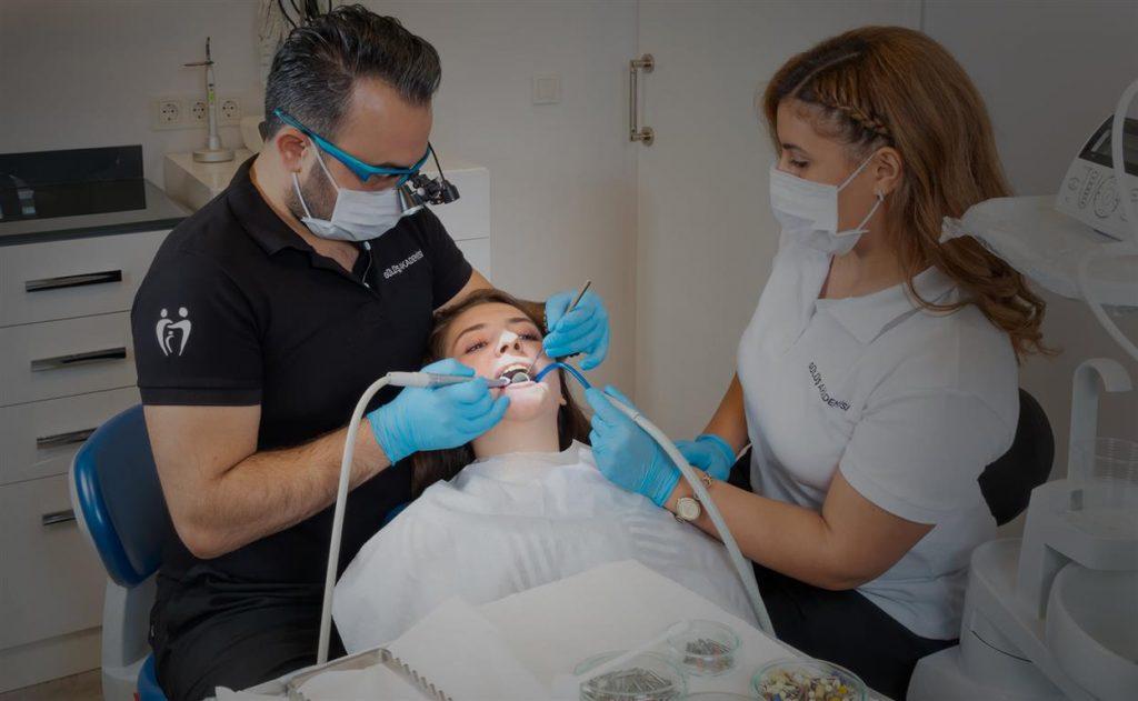 Protez Diş Bakımı Nasıl Yapılmalıdır